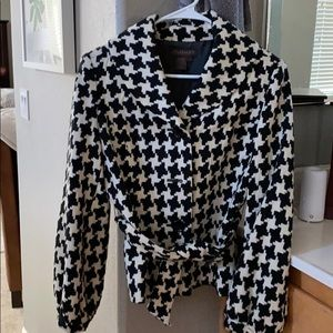 Black and white houndstooth jacket.
